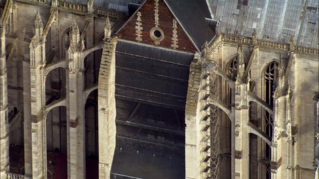 CU back of Beauvais Cathedral and scaffolding/ ZO AERIAL Beauvais Cathedral/ Beauvais, France