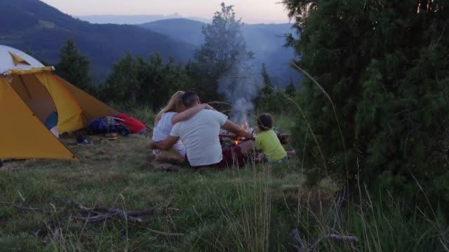 stockvideo's en b-roll-footage met terug naar de natuur - tent