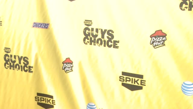 backdrop at the spike tv's guys' choice awards at radford studios in los angeles california on june 10 2007 - spike guys choice awards video stock e b–roll
