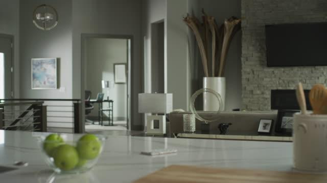 background shot of a bright, white, modern residential home. - elkhorn nebraska stock videos & royalty-free footage