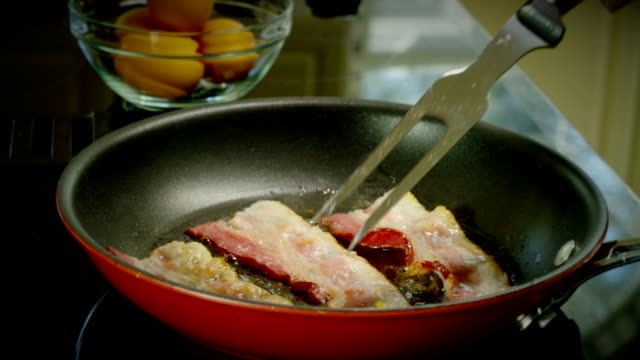 bacon frying - lubrication stock videos & royalty-free footage