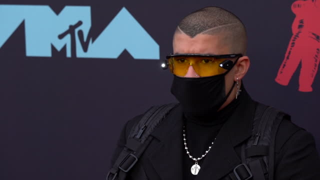 bad bunny at 2019 mtv video music awards at prudential center on august 26 2019 in newark new jersey - mtv video music awards stock videos & royalty-free footage