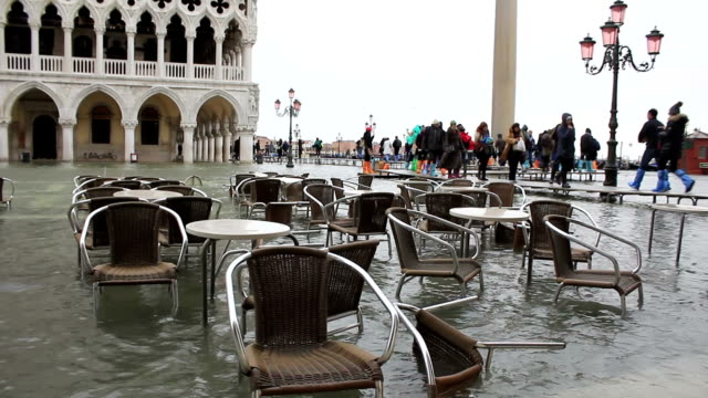 Schlechtes Wetter in Venedig-flooting