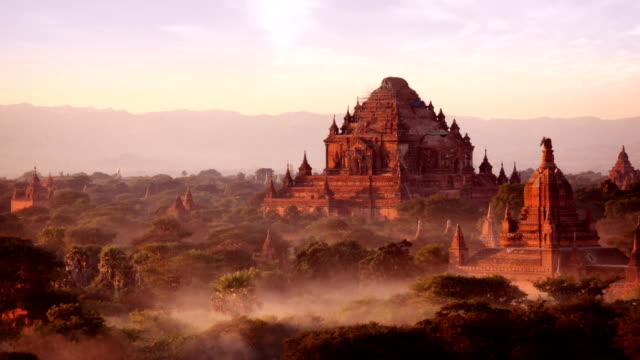 bagan temples day to night timelapse, myanmar (burma) - unesco world heritage site stock videos & royalty-free footage