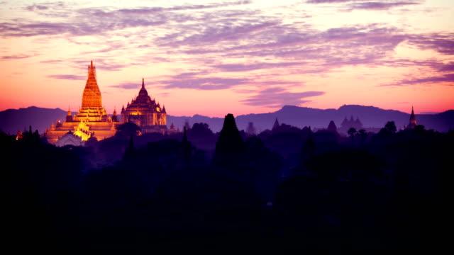 Bagan Temples Day to Night Timelapse, Myanmar (Burma)