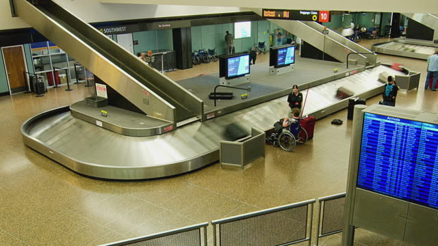 WS T/L Baggage claim area in Seattle-Tacoma international airport / Tacoma, Washington, USA