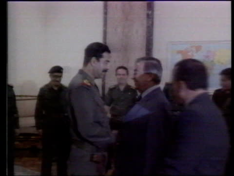 vídeos y material grabado en eventos de stock de baghdad yevgeny primakov greeting saddam hussein - saddam hussein