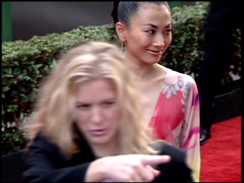vídeos de stock, filmes e b-roll de bai ling at the 2001 golden globe awards at the beverly hilton in beverly hills california on january 21 2001 - bai ling
