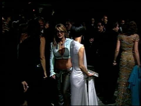 vídeos de stock, filmes e b-roll de bai ling at the 2002 academy awards vanity fair party at morton's in west hollywood, california on march 24, 2002. - bai ling