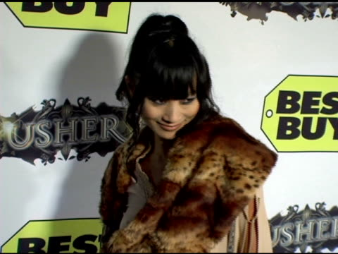 bai ling at the exclusive truth tour dvd launch party hosted by usher at the hollywood roosevelt hotel in hollywood, california on october 18, 2005. - アッシャー点の映像素材/bロール