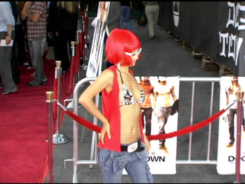 vídeos de stock, filmes e b-roll de bai ling at the 'lords of dogtown' world premiere on may 24, 2005. - bai ling