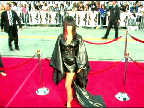 vídeos de stock, filmes e b-roll de bai ling at the 'mr and mrs smith' world premiere at the mann village theatre in westwood, california on june 7, 2005. - bai ling