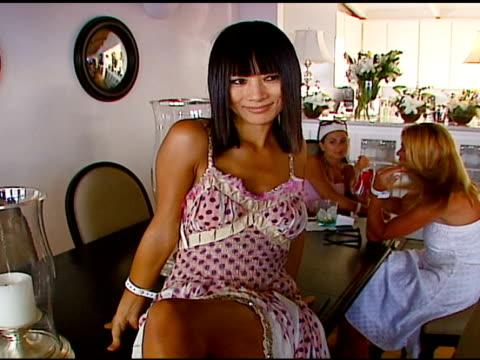 vídeos de stock, filmes e b-roll de bai ling at the smashbox cosmetics celebration of july 4th at polaroid beach house in malibu, california on july 4, 2006. - bai ling