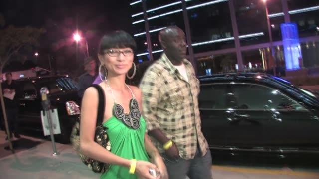 vídeos de stock, filmes e b-roll de bai ling at trousdale in west hollywood - bai ling