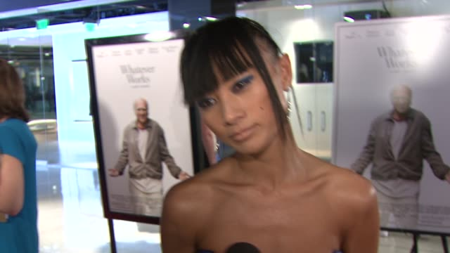 vídeos de stock, filmes e b-roll de bai ling on the event the appeal of woody allen films her current project at the 'whatever works' premiere at west hollywood ca - bai ling