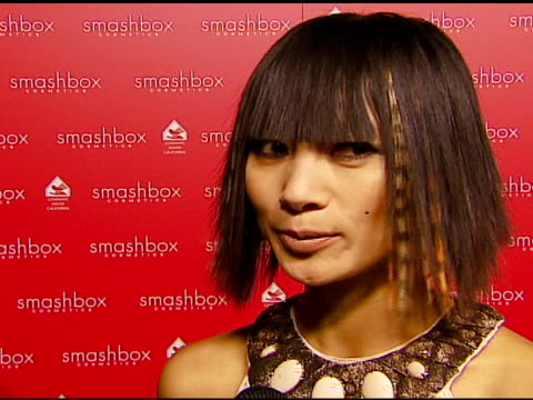 vídeos de stock, filmes e b-roll de bai ling on the party on holiday plans at the smashbox cosmetics celebration of the holidays and brent bolthouseæs birthday at covenant house... - bai ling