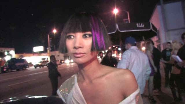 vídeos de stock, filmes e b-roll de bai ling outside trousdale in hollywood at the celebrity sightings in los angeles at los angeles ca - bai ling