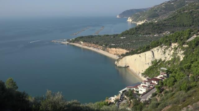 baia dei gabbiani beach, white limestone rocks at the adriatic sea - adriatic sea stock videos & royalty-free footage