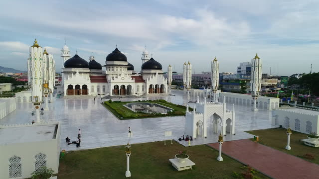 baiturrahman grand mosque, banda aceh. - grand mosque stock videos and b-roll footage