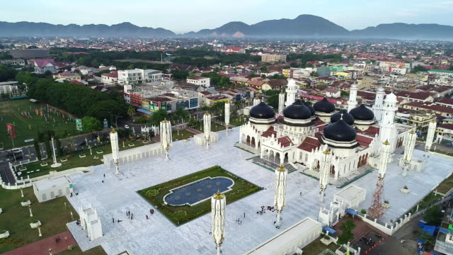 baiturrahman grand mosque, banda aceh. - moschea video stock e b–roll