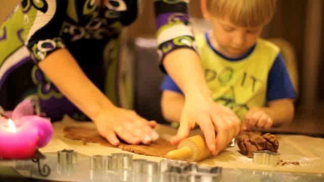 Pan di zenzero di Natale cuocere