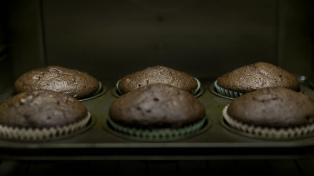 baking muffins: concept - blueberry muffin stock videos & royalty-free footage