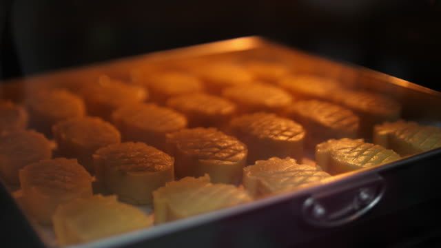 baking tart pineapple - blueberry muffin stock videos & royalty-free footage