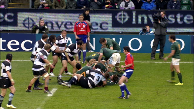 bakkies botha catches a lineout throw until barbarian martyn williams bats the ball away barbarians v springboks 4th december 2010 available in hd - lineout stock videos and b-roll footage