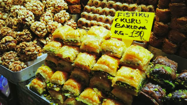 baklava al pistacchio - bazar delle spezie video stock e b–roll