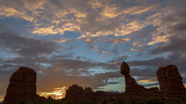 balanced rock - arches national park stock videos & royalty-free footage