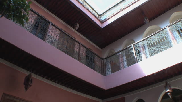 ms la pan balcony in riad, marrakech, morocco - palace video stock e b–roll