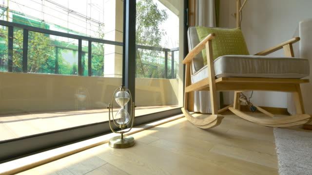 balkon-interieur 4 k - veranda stock-videos und b-roll-filmmaterial