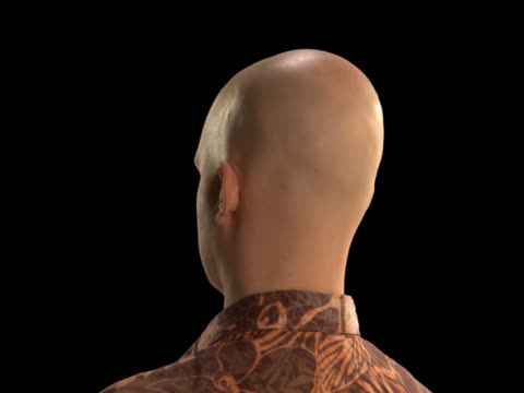 vídeos de stock e filmes b-roll de bald man rotating - this clip has an embedded alpha-channel - careca