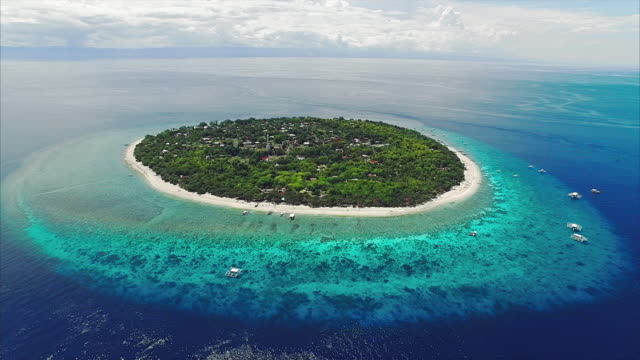 Balicasag Island in Bohol Philippines