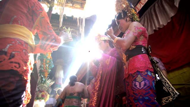 balinese wedding bride and groom in local ceremony - bridegroom stock videos & royalty-free footage