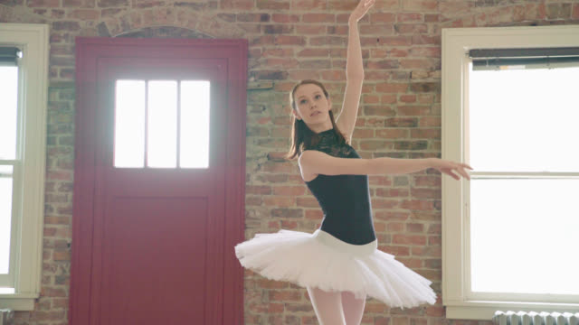 ballerina freeform dancing - pirouette stock videos and b-roll footage