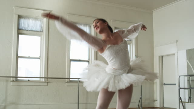 ballerina in white - collant video stock e b–roll