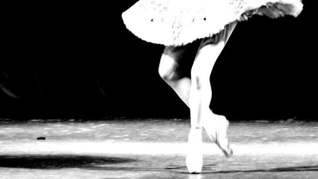 ballerina - charmant stock-videos und b-roll-filmmaterial