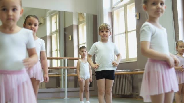 balett klass - dansa balett bildbanksvideor och videomaterial från bakom kulisserna