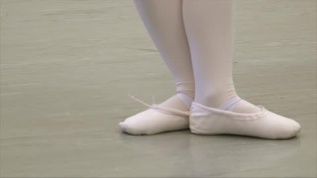 ballet class - dance studio stock videos & royalty-free footage