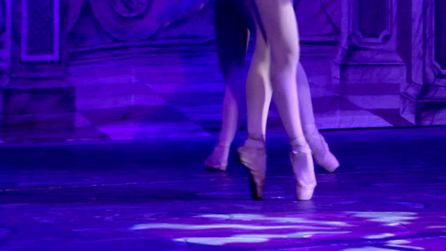 ballet - dance on pointe - ballet performance stock videos & royalty-free footage