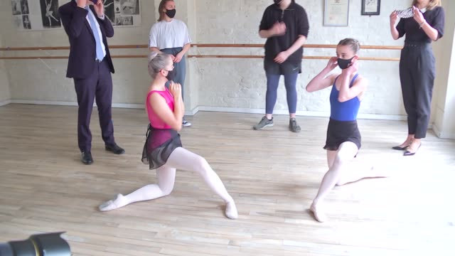 oliver dowden photocall / darcey bussell interview; england: int oliver dowden mp , darcey bussell and man doing ballet poses for photocall / dowden... - ballet dancing stock videos & royalty-free footage