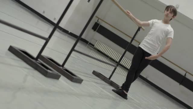 ballet school - barre stock videos & royalty-free footage