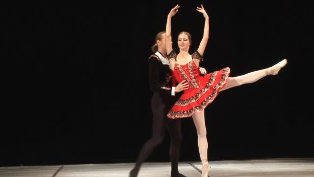 ballett-show - charmant stock-videos und b-roll-filmmaterial