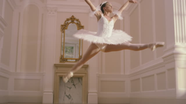 ballet - ballet dancing stock videos & royalty-free footage