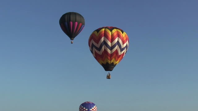 ballooning - hot air balloon stock videos & royalty-free footage