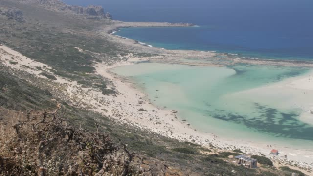 balos beach, gramvoussa peninsula, balos bay, gramvousa peninsula, crete, greek islands, greece, europe - peninsula stock videos & royalty-free footage