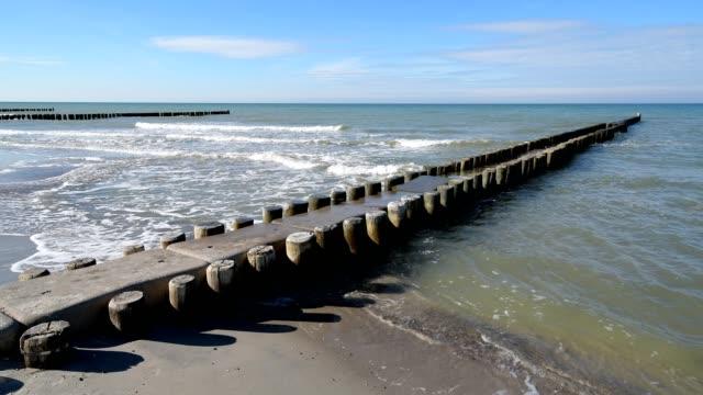 baltic sea beach with groyne, ahrenshoop, fischland-darß, baltic sea, mecklenburg-vorpommern, germany - baltic sea stock videos and b-roll footage