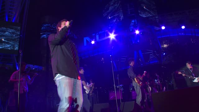 band from tv featuring greg grunberg james denton jesse spencer bob guiney adrian pasdar at the breeders' cup winners circle sponsored by grey goose... - grey goose vodka stock videos & royalty-free footage