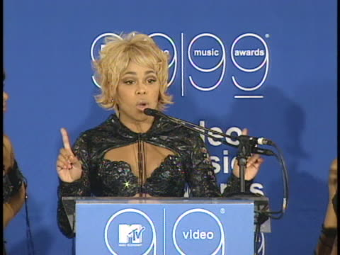 band members of tlc speak at a press conference backstage at the mtv video music awards. - mtv1 stock videos & royalty-free footage